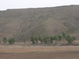 黒御影石の山