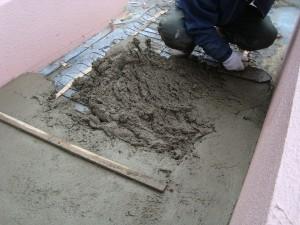 土間を仕上げます。
